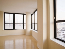 Mercato immobiliare non residenziale, i laboratori a Torino e Roma