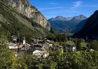 Mercato immobiliare turistico nel primo semestre del 2013: focus su Cogne e Courmayeur