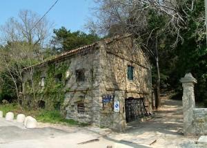 La Casa dei pescatori di Barcola (Trieste) diventa un ristorante vecchio West
