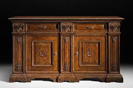 Manutenzione mobili antichi